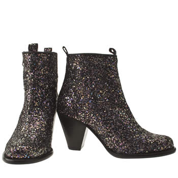 Cute vegan glitter boots with low heels