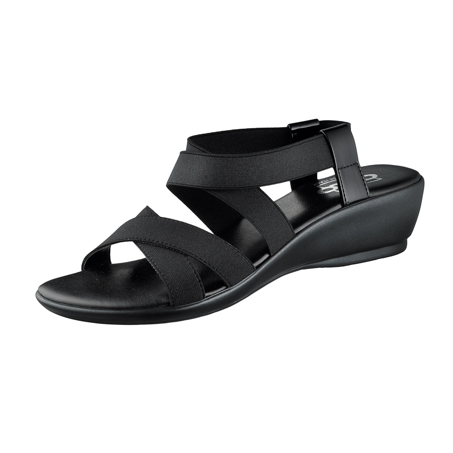 Cute and functional elastic vegan sandals