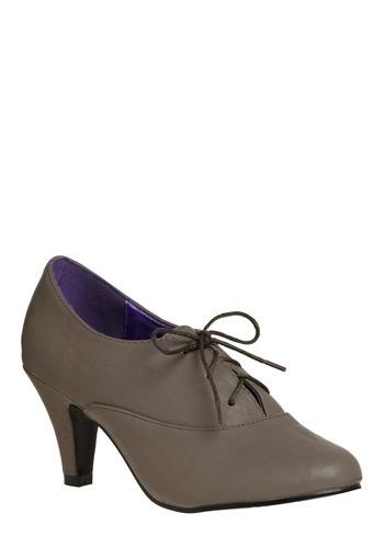 Retro vegan grey lace up heels