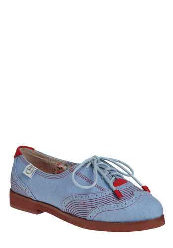 Beautifully cute vegan canvas oxfords
